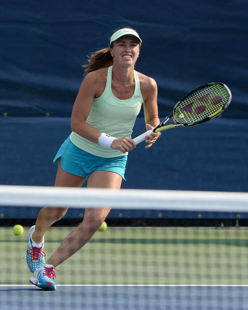 (Elle n'est plus) Retraitée : Martina Hingis - Page 6 Martina%20Hingis%20During%20her%20practice%20at%20the%202015%20US%20Open%20in%20New%20York%20August%2031-2015%2002_zpsmaxwqxh8