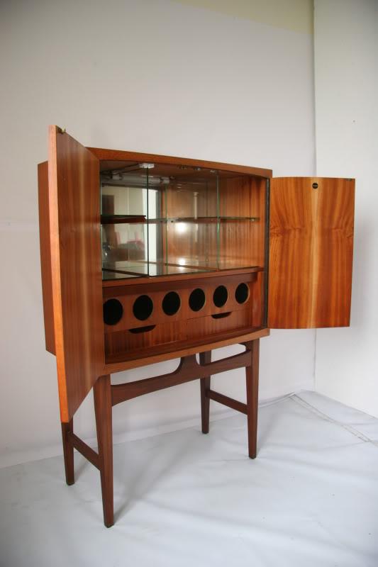 Teak Cocktail Cabinet . . . IMG_9191