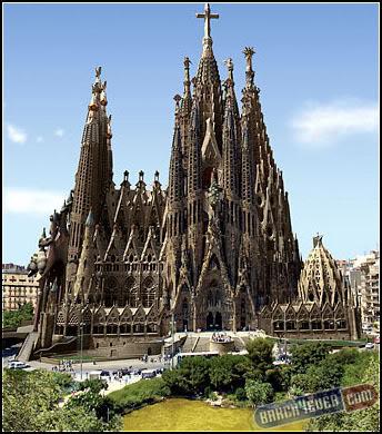 أكثر 10 معالم سياحةً في برشلونة 66small