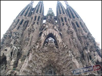 أكثر 10 معالم سياحةً في برشلونة 6smal