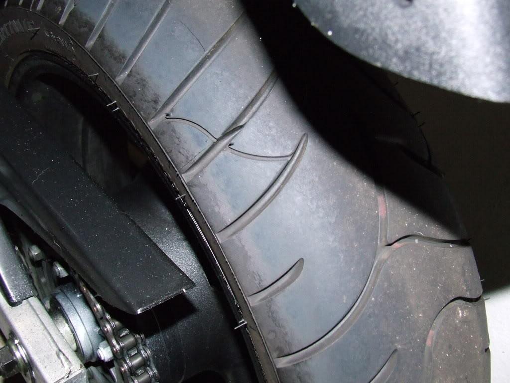 Até onde usamos o pneu lateralmente? DSCF3693