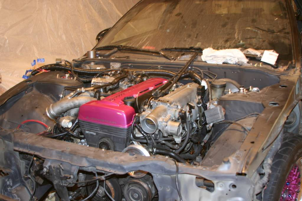 Lizmo's 300SX build.  May043