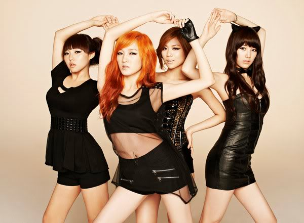 Miss A.  Band-Girl MissA01