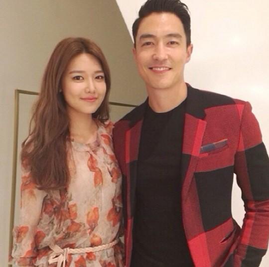 Sooyoung de Girls' Generation se toma una amistosa foto con el tipo ideal de Jessica Sooyoung_danielhenney_zpsa2d6e597