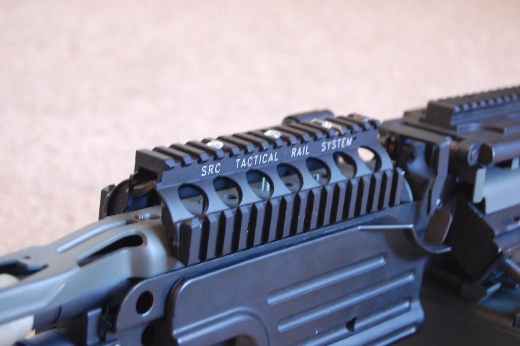 A&K M249 mods - Vert grip, M4 stock, RIS kit 56k bad DSC_4004