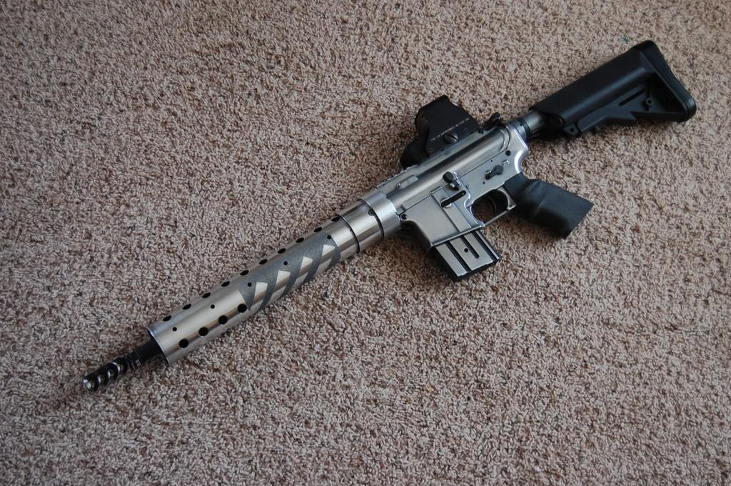 M4 IPSC/USPSA style Racegun - WIP - 56K no bueno... DSC_4019