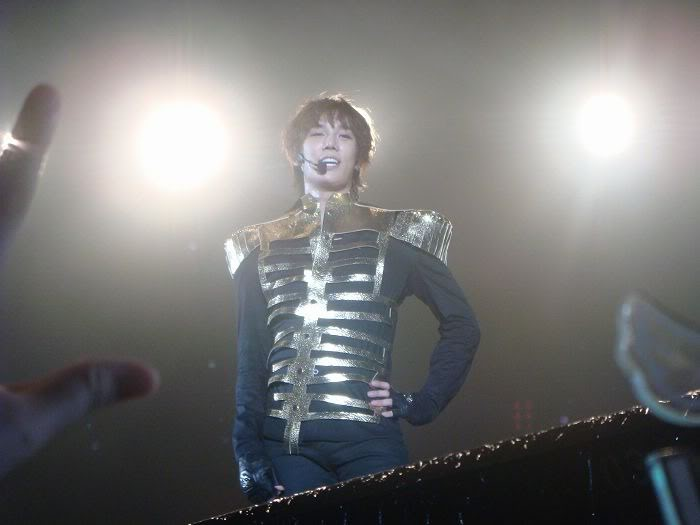 (17.10.09) Jung Min- Persona Asia Tour in Taiwan Untitled-24