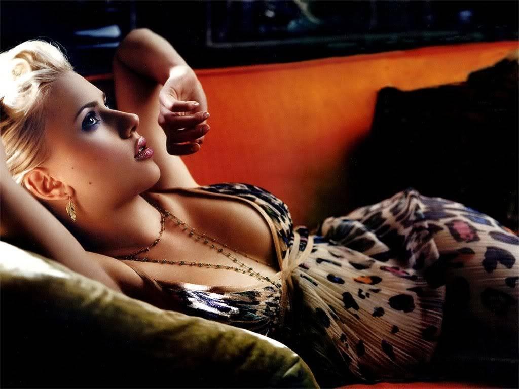 Scarlett  Johansson  - Page 4 Scarlett-johansson