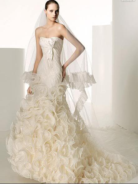 rochia mea de mireasa Manuel-mota-rochie-mireasa-volane1