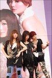 2010-03-13 SHERO PO Taipei autograph Th_122698049lZxP0U6NDSC_8110