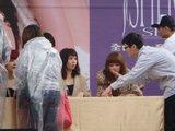 2010-03-13 SHERO PO Taipei autograph Th_9