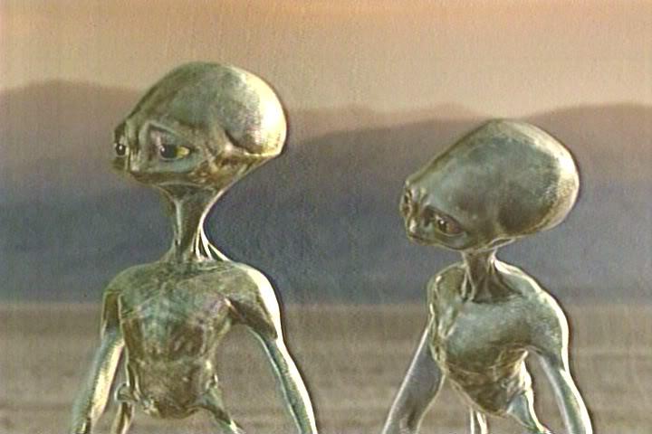 """Како ги замислувате вашите """"пет"""" минути? Aliens"""