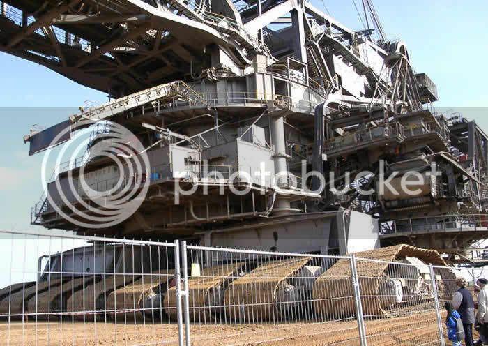 World's Largest Digging Machine WorldsLargestDiggingMachine3