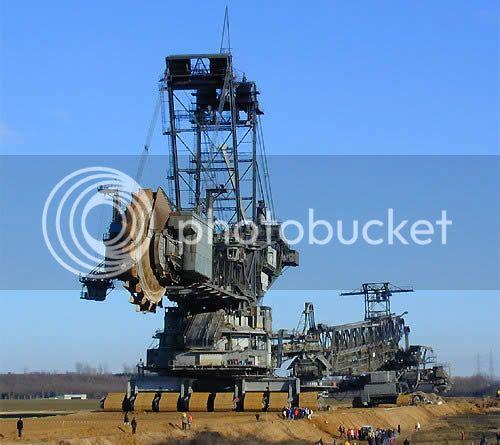 World's Largest Digging Machine WorldsLargestDiggingMachine4