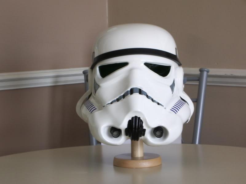 Les différents costumes fan-made de stormtrooper TEHDPE064