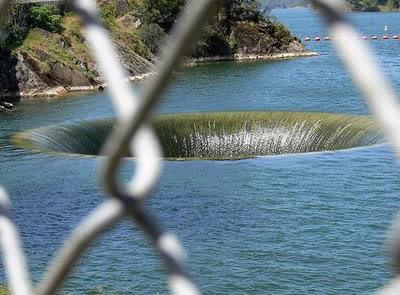 Los 7 Agujeros mas grandes del mundo Agua