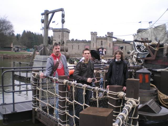[Alton Towers 2008] Mutiny Bay : 3 Nouveautés P3150043