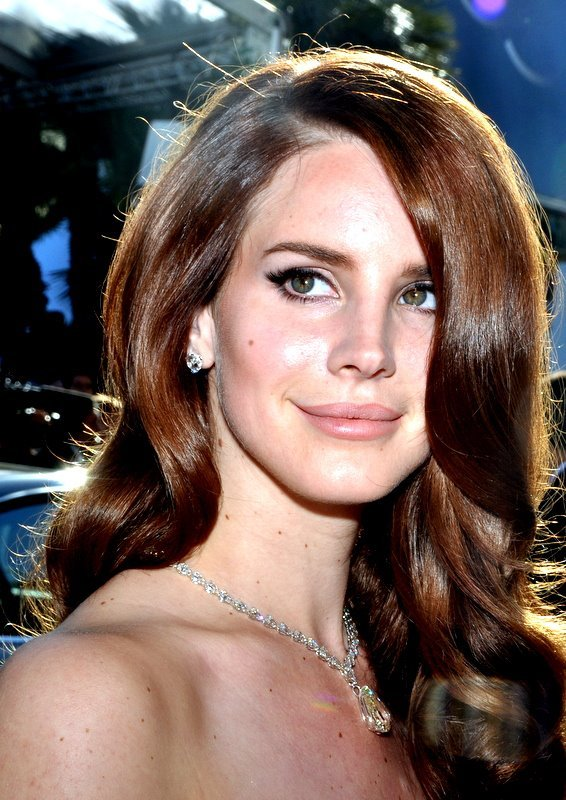 Spam With Pics 2.0 - Page 37 Lana_Del_Rey_Cannes_2012_zpsav4nweyx