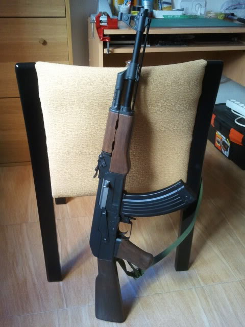 Proyecto: Mejorar Aspecto AK47 2012-01-03120100