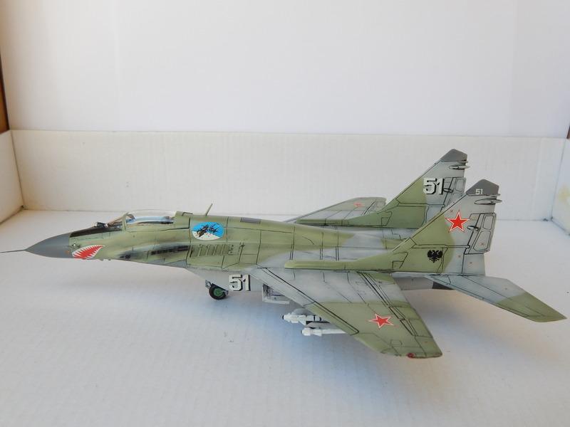 ΜΙΓ-29 9-13  RUSSIAN AIRFORCE ΑDVERSARY ICM 1/72 DSCN0692_zpsy4ckjkub