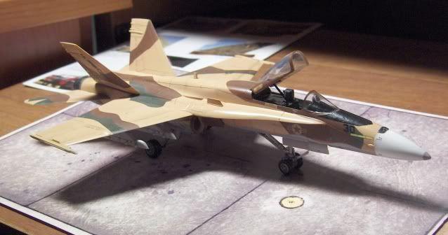 F-18C AGGRESSOR 1/72 HSEGAWA HPIM3509