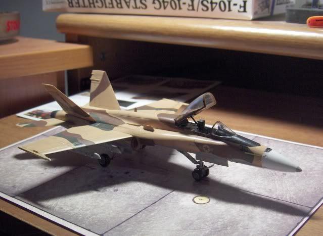 F-18C AGGRESSOR 1/72 HSEGAWA HPIM3510