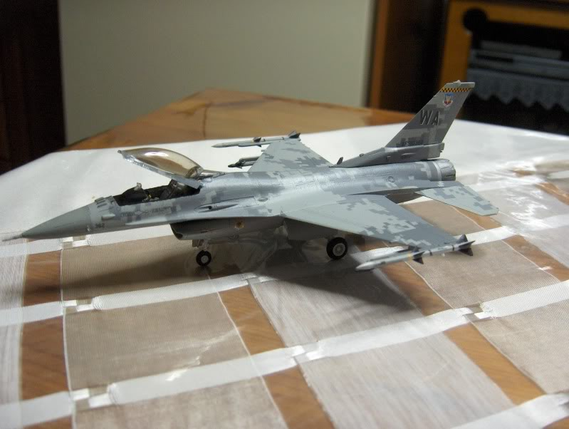 F-16CG AGGRESSOR ACADEMY 1/72 DIGI CAMO WHAT IF HPIM3812