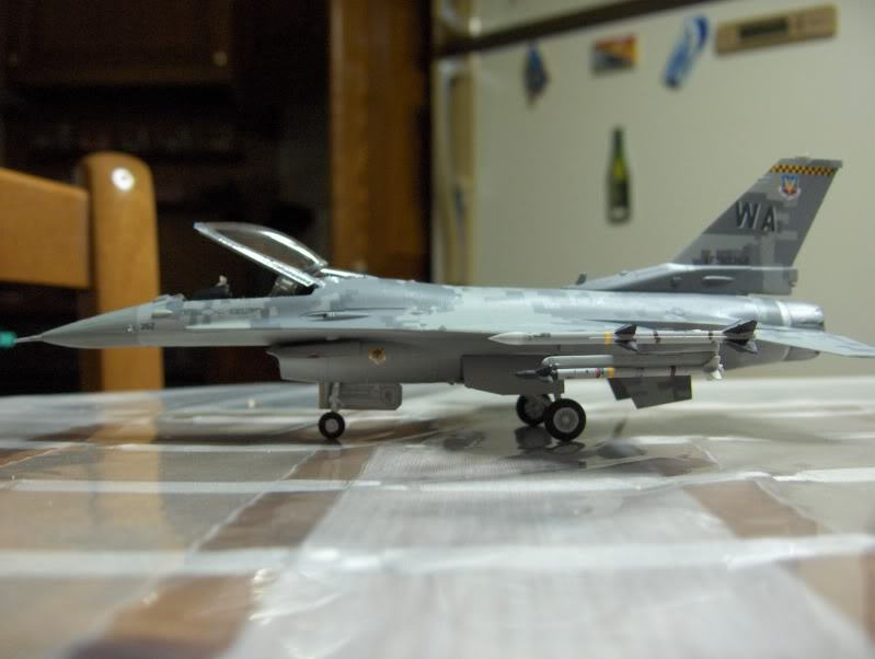 F-16CG AGGRESSOR ACADEMY 1/72 DIGI CAMO WHAT IF HPIM3815