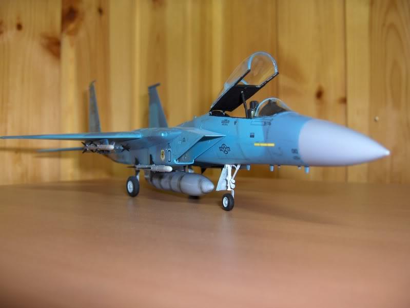 F-15C AGGRESSOR ACADEMY 1/72 HPIM3978