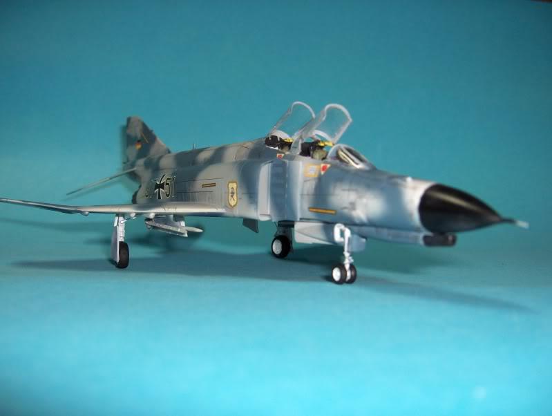 F-4F PHANTOM II EXPERIMENTAL CAMO REVELL 1/72 HPIM3997