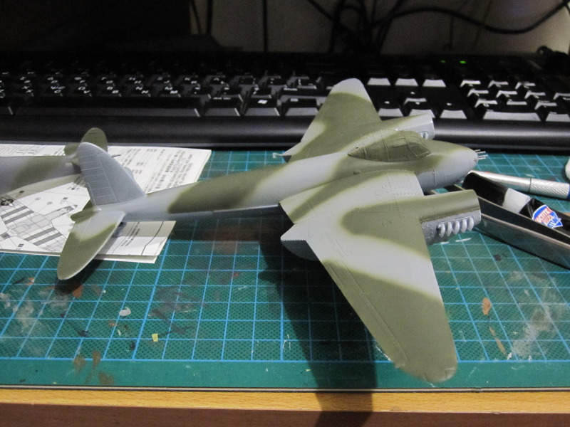 Airfix 1/72 de Havilland Mosquito MkXVIII+Spitfire MkVb IMG_0027-3