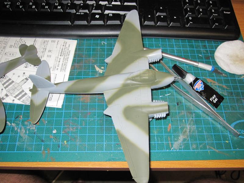Airfix 1/72 de Havilland Mosquito MkXVIII+Spitfire MkVb IMG_0028-1