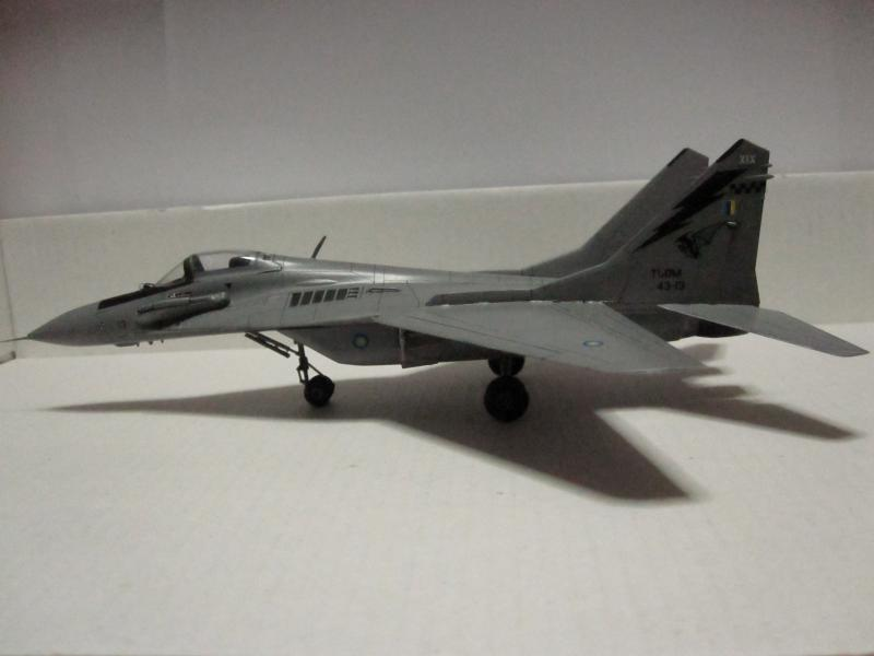 MIG-29 9.12  UPDATED 1/72 HASEGAWA MALAYSIAN AIRFORCE RESET  IMG_0214_zps6ab5f64d