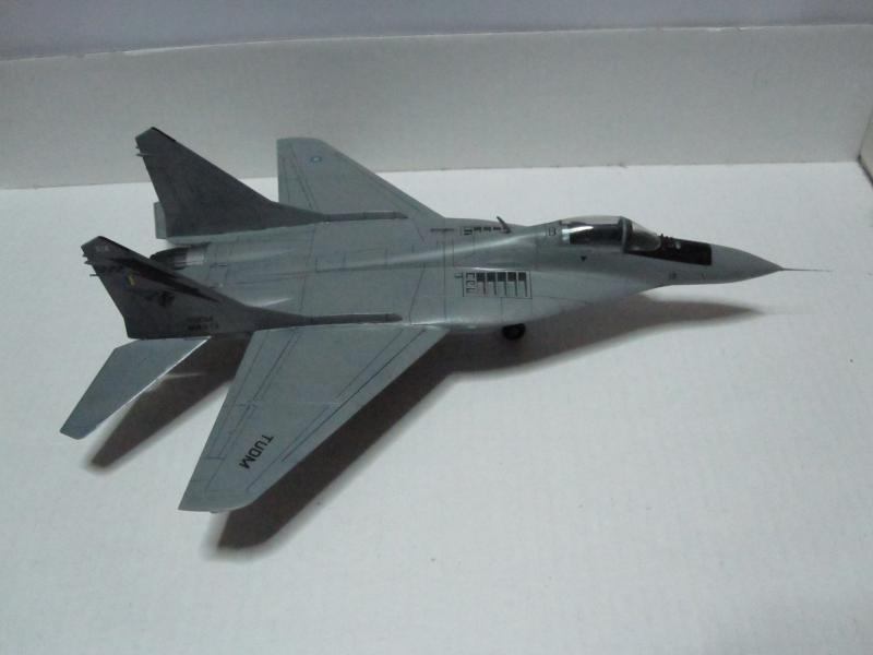 MIG-29 9.12  UPDATED 1/72 HASEGAWA MALAYSIAN AIRFORCE RESET  IMG_0218_zpsd79878bc