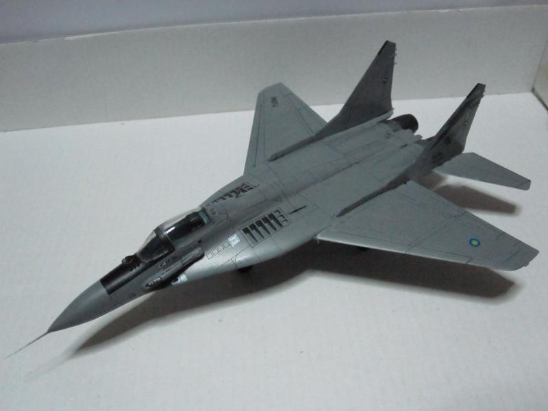 MIG-29 9.12  UPDATED 1/72 HASEGAWA MALAYSIAN AIRFORCE RESET  IMG_0221_zpsf1a23fb4