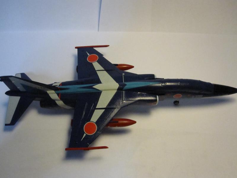 Blue Impulse Mitsubishi T-2 Hasegawa 1/72( τ΄αποφασισα!!!!) IMG_0253_zps35be7672