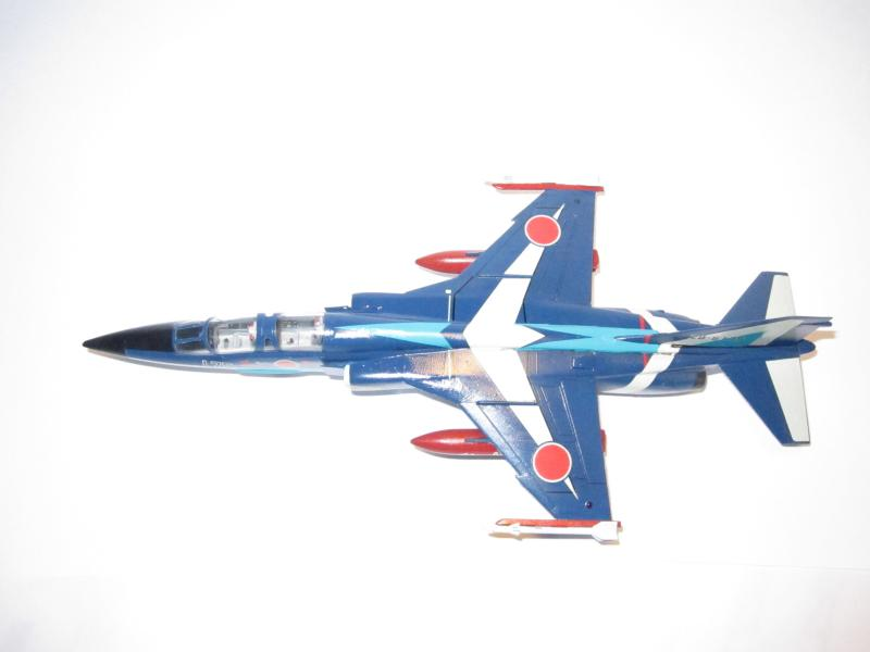 Blue Impulse Mitsubishi T-2 Hasegawa 1/72( τ΄αποφασισα!!!!) IMG_0255_zps6200edc9