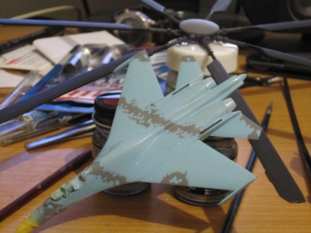 SU-27 FLANKER DRAGON 1/144........... DIGITAL CAMO! IMG_0300-1_zps81f032e9