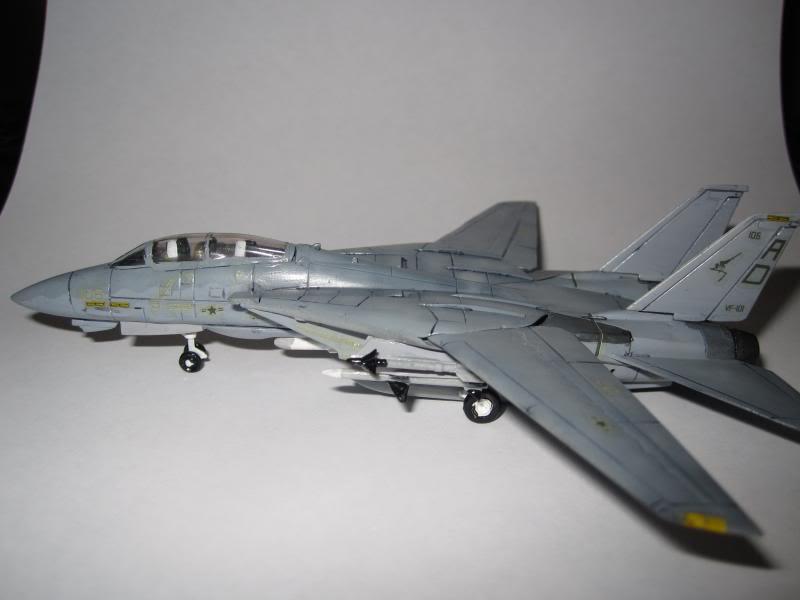 F-14A+ TOMCAT VF-101 GRIM REAPERS 1/144 (Θέμα που συμμετείχε στον Ηλεκτρονικό Διαγωνισμό) IMG_0333_zps2370edf4