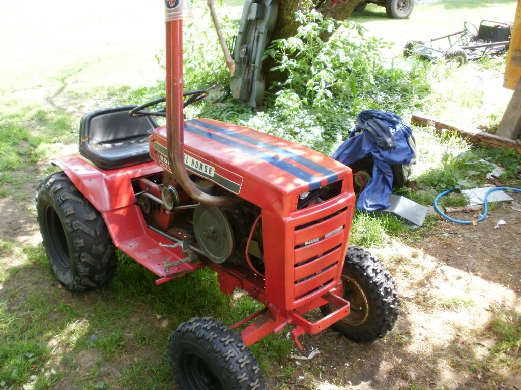 67' Ford lgt 100 build P4110639