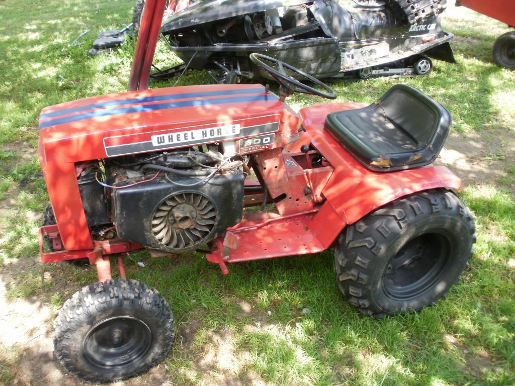 67' Ford lgt 100 build P4110640