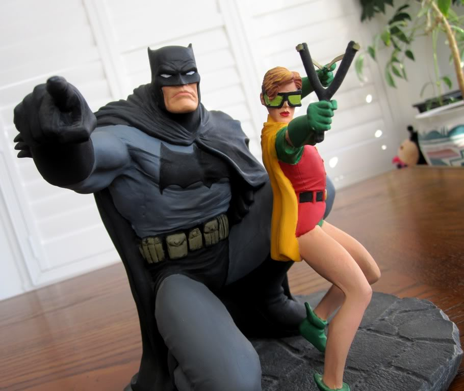 "Frank Miller's ""THE DARK KNIGHT STRIKES AGAIN"" statue (1996) Dk10"