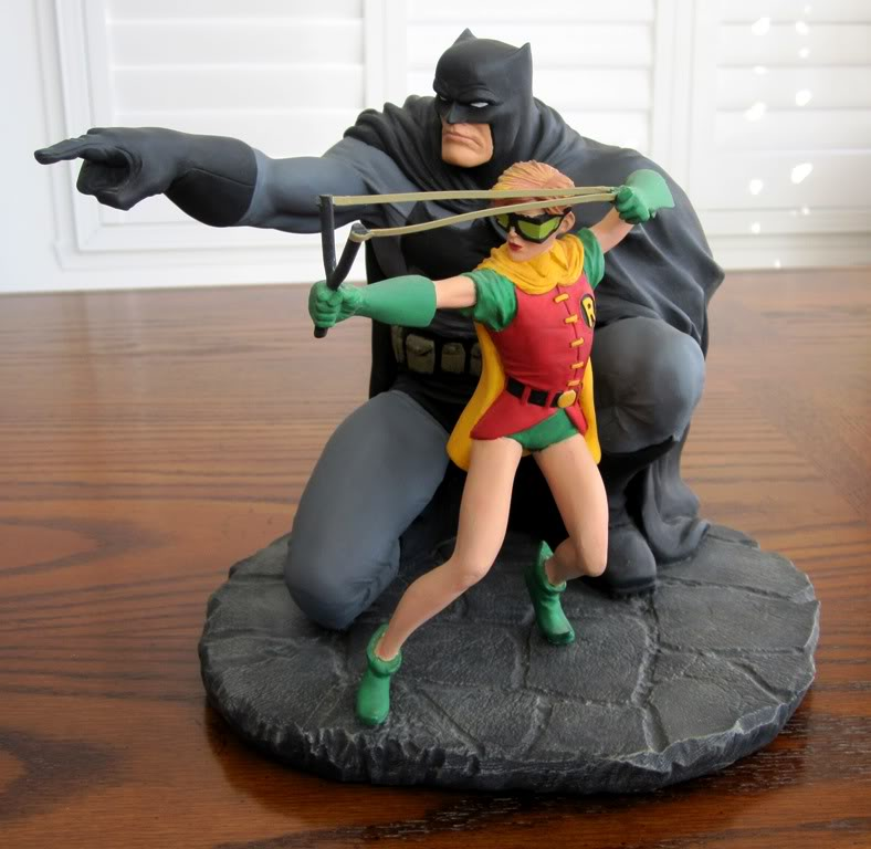 "Frank Miller's ""THE DARK KNIGHT STRIKES AGAIN"" statue (1996) Dk11"
