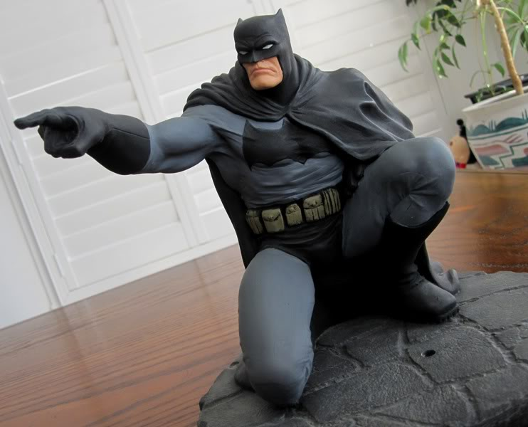 "Frank Miller's ""THE DARK KNIGHT STRIKES AGAIN"" statue (1996) Dk13"