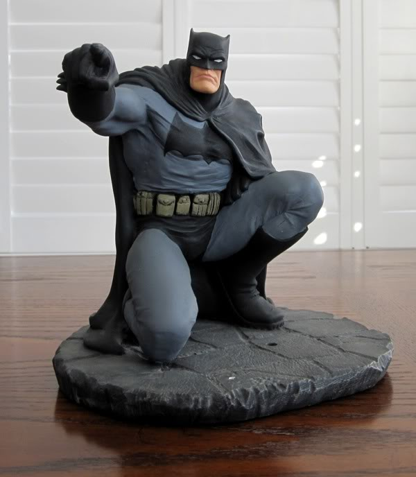 "Frank Miller's ""THE DARK KNIGHT STRIKES AGAIN"" statue (1996) Dk14"