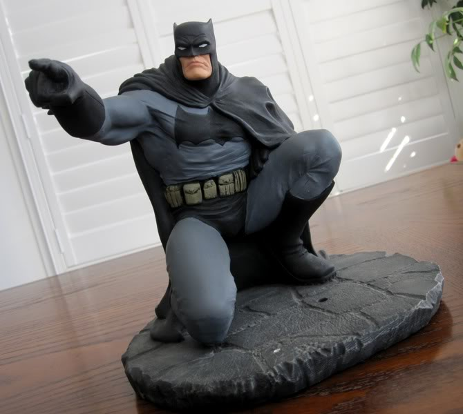 "Frank Miller's ""THE DARK KNIGHT STRIKES AGAIN"" statue (1996) Dk16"