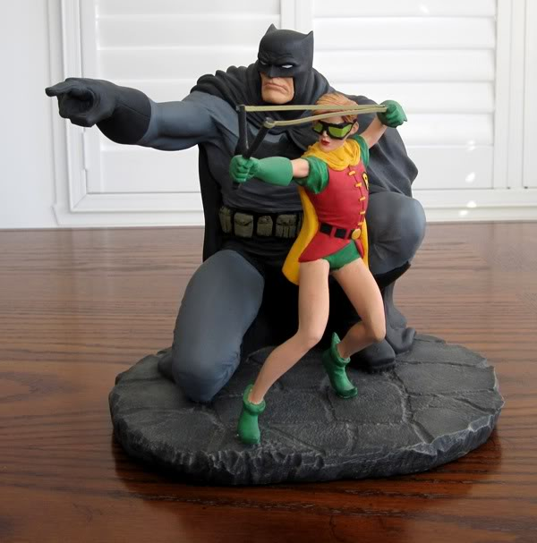 "Frank Miller's ""THE DARK KNIGHT STRIKES AGAIN"" statue (1996) Dk4"