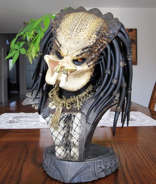 PREDATOR: THE PREDATOR Legendary scale bust Pred2