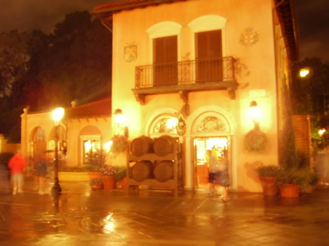 Kanye's Walt Disney World Picture Gallery! ItalyEpcot