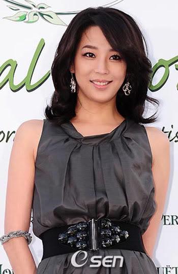 Han Go Eun | 한고은 Cha2